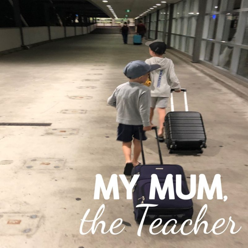 travelling-with-kids-airport